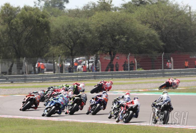 Marquez leads, MotoGP race. Argentine MotoGP 2019