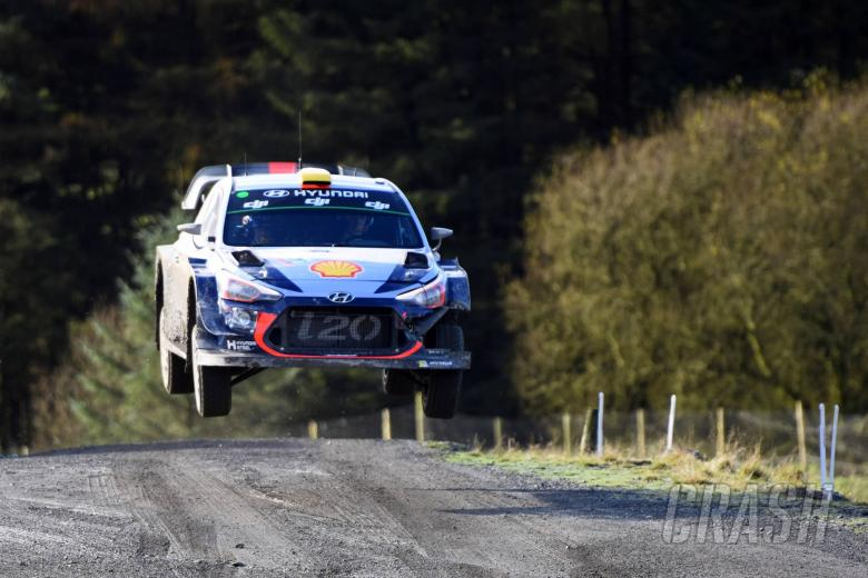 World Rally: Mikkelsen leads Neuville in Hyundai domination