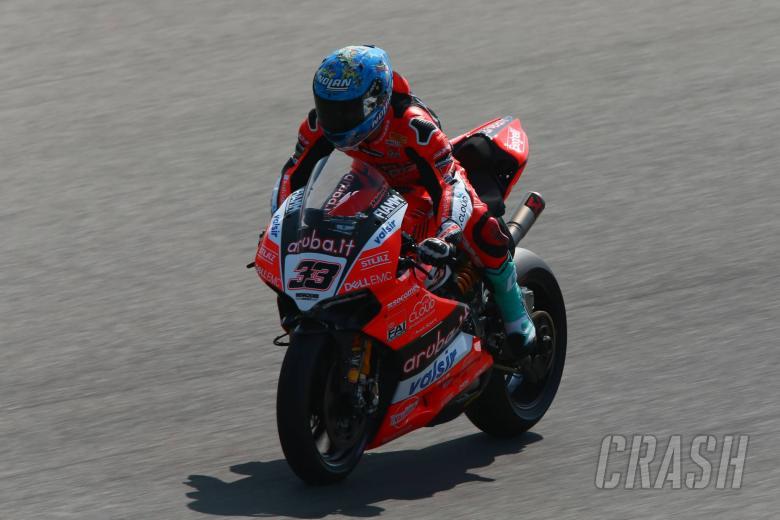 World Superbikes: Melandri closes up to Rea in FP2