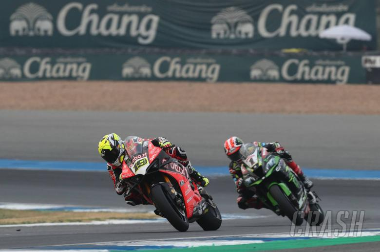 """World Superbikes: Bautista: I was lucky not to crash in """"great fight"""" with Rea"""