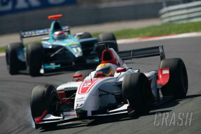 Istanbul 2006: Zuber win overshadowed by Hamilton.