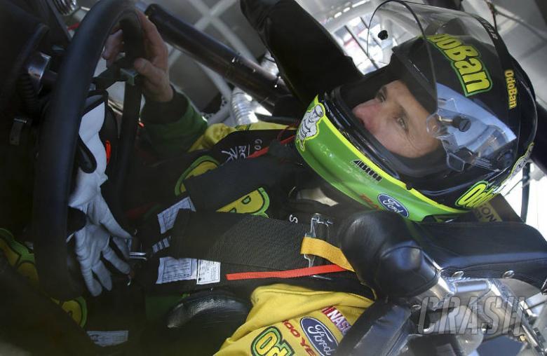 Stanton makes NASCAR switch for 3G.