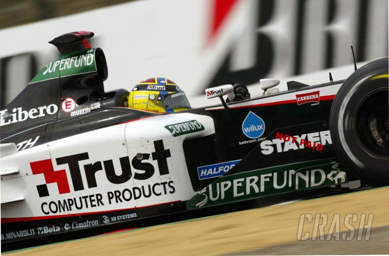 Stoddart hits back at sponsorship defaulters.