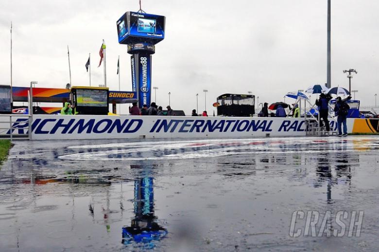 Rain forces Richmond Cup race postponement