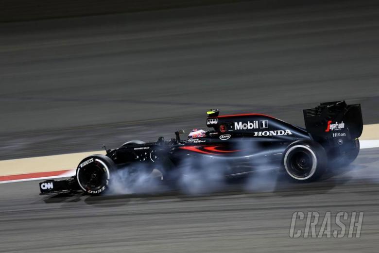Button targets Q3 after McLaren upturn in pace