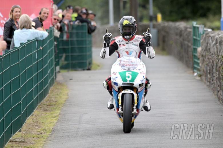 Classic TT: Anstey clocks fastest ever 250 lap