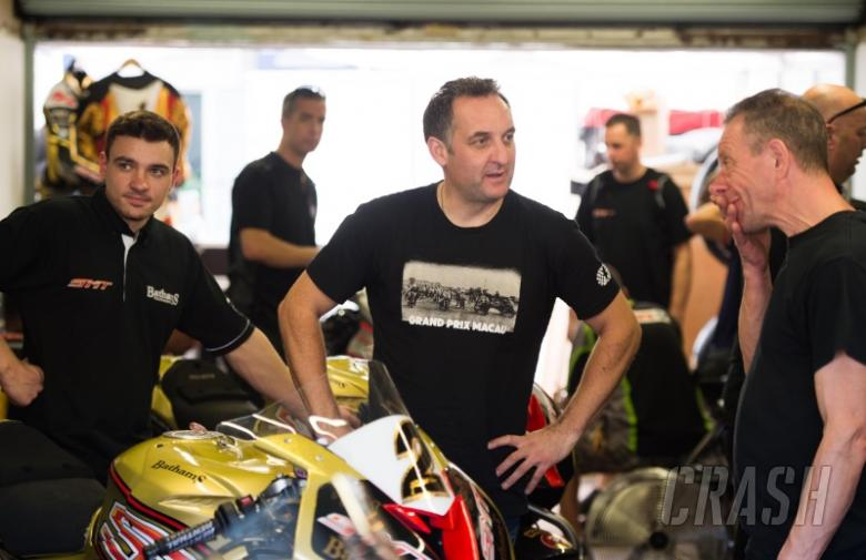 Macau GP: Rutter tops first practice session