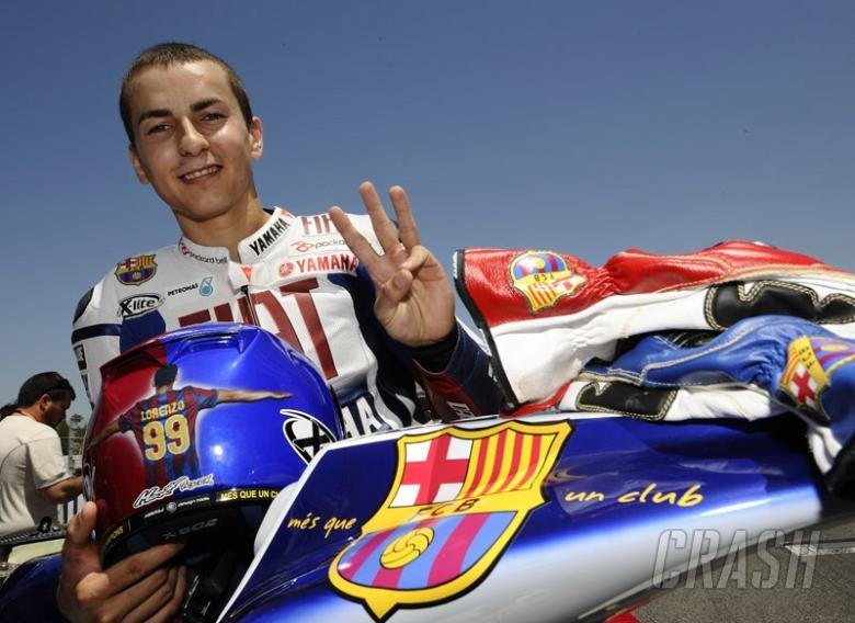 PICTURES: Lorenzo unveils FC Barcelona livery.