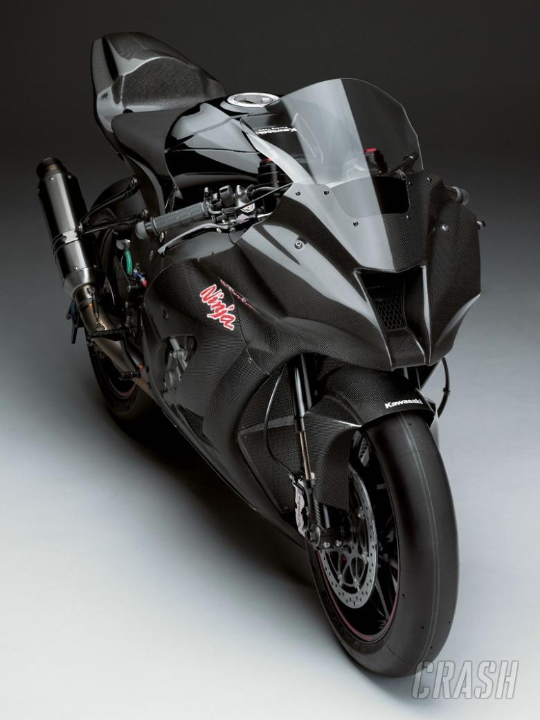 FIRST PIC: 2011 Kawasaki Ninja ZX-10R