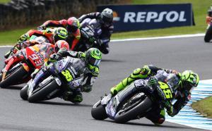 Rossi memimpin GP 400-nya, 'pertarungan keras, tapi menyenangkan'