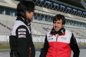 Alonso in 'energy-saving mode' juggling F1 and WEC