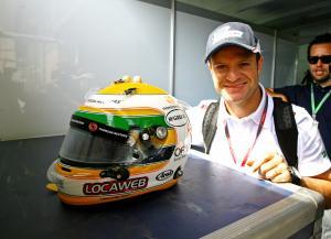 26.11.2011- Rubens Barrichello (BRA), Williams FW33 and his new helmet