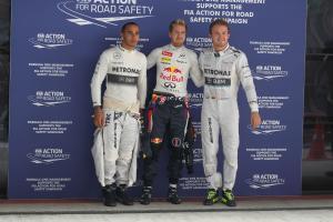26.10.2013- Qualifying: Sebastian Vettel (GER) Red Bull Racing RB9 (pole position), Nico Rosberg (GE