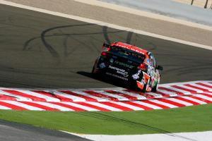 Greg Murphy (NZ) Firepower Commodore  Desert 400 Rd 12 V8 Supercars Bahrain Int circuit Bahrain