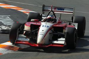 Jarek Janis, Dale Coyne Racing Lola-Ford, Surfers Paradise 2004.
