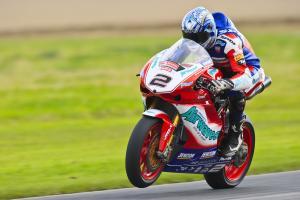2. Leon Camier Airwaves Ducati, Ducati 1098R F08