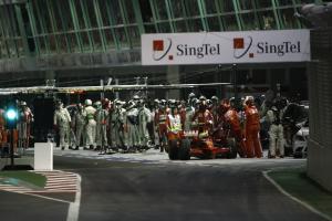 Felipe Massa (BRA) Ferrari F2008 With Fuel Hose Still Attached, Singapore F1 Grand Prix, 26th-28th,