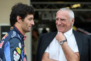 Sunday, Red Bull Racing Family Team, Mark Webber (AUS), Red Bull Racing, RB6 and Dietrich Mateschitz