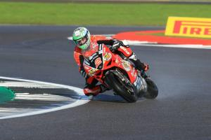 Irwin targets Silverstone repeat to grab Showdown momentum