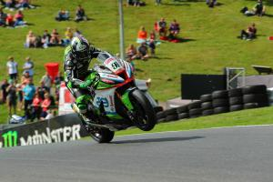 Haslam survives Q1 scare for front row start