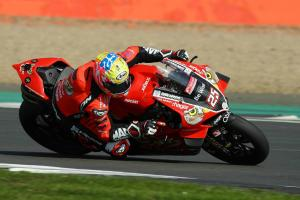 PBM Ducati apologises to Brookes after tech issues mar V4 debut