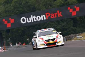 Simpson produces flawless display for maiden BTCC win