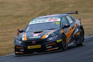 Cammish leads FP2 order at Rockingham