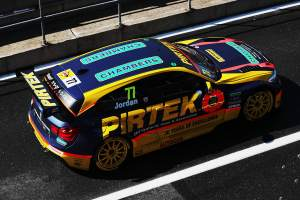 Jordan 'within striking distance' in BTCC title fight