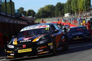 Cammish leads Honda 1-2 for maiden BTCC win
