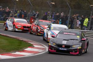 Cook battles electrical gremlins for early points lead