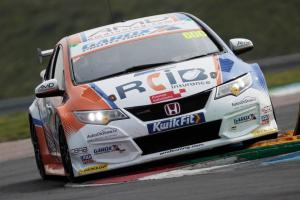 Tordoff clinches last gasp pole at Thruxton