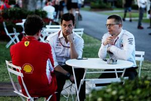 Wolff, Mercedes respond to F1 breakaway claims