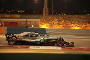 Hamilton explains Mercedes pace problems
