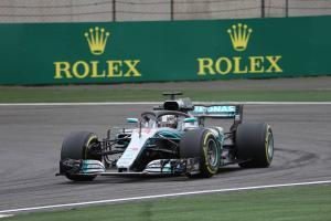 Hamilton quickest again in China F1 FP2