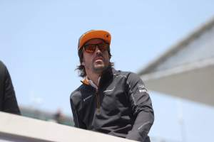 Alonso: Reaching Q3 'difficult' for McLaren