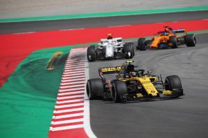 Spanish GP performance highlights Renault's progress - Sainz