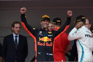 Ricciardo: I'm still outside of 2018 F1 title fight