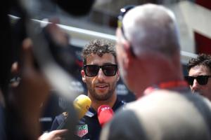 Ricciardo: F1 future second most difficult decision of my life