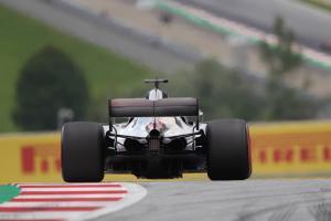 Hamilton explains Virtual Safety Car pit miss