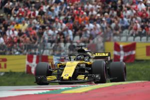 Renault bulks out on Ultrasofts for German GP