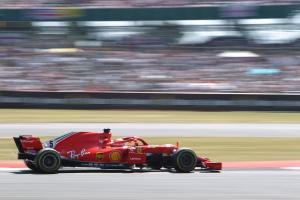 Vettel: 'Silly' to suggest Ferrari/Mercedes crashes are deliberate