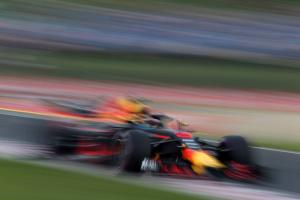 Ricciardo 'still making adjustments' for qualifying pace