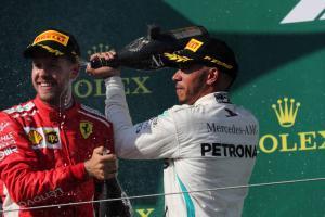 Hamilton: Mercedes in dream position given Ferrari's pace