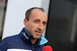 Kubica not willing to wait until December for 2019 F1 call