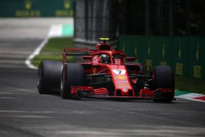Raikkonen grabs Monza F1 pole as Ferrari sweeps front row