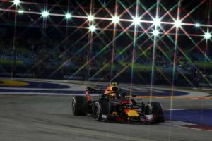 Verstappen: Front row like a victory with engine issues