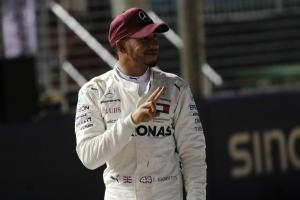 Wolff found Hamilton's Singapore pole lap 'surreal'