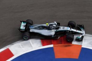 Bottas takes Russian GP pole as mistake costs Hamilton
