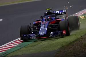 Gasly explains FP1 near-miss with Hamilton