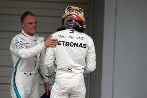 Mercedes keeping 'options open' over team orders in Japan